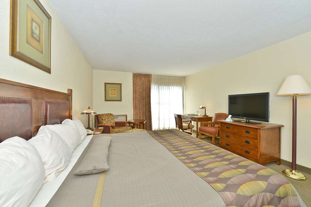 Best Western Prairie Inn & Conference Center - Guest Room