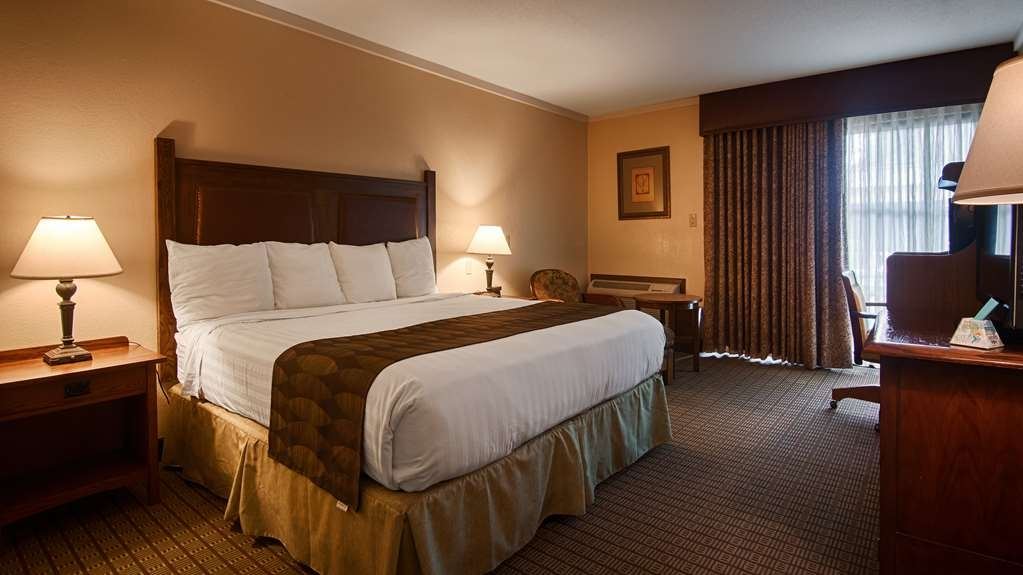 Best Western Prairie Inn & Conference Center - We offer a variety of king room from business class to mobility accessible.