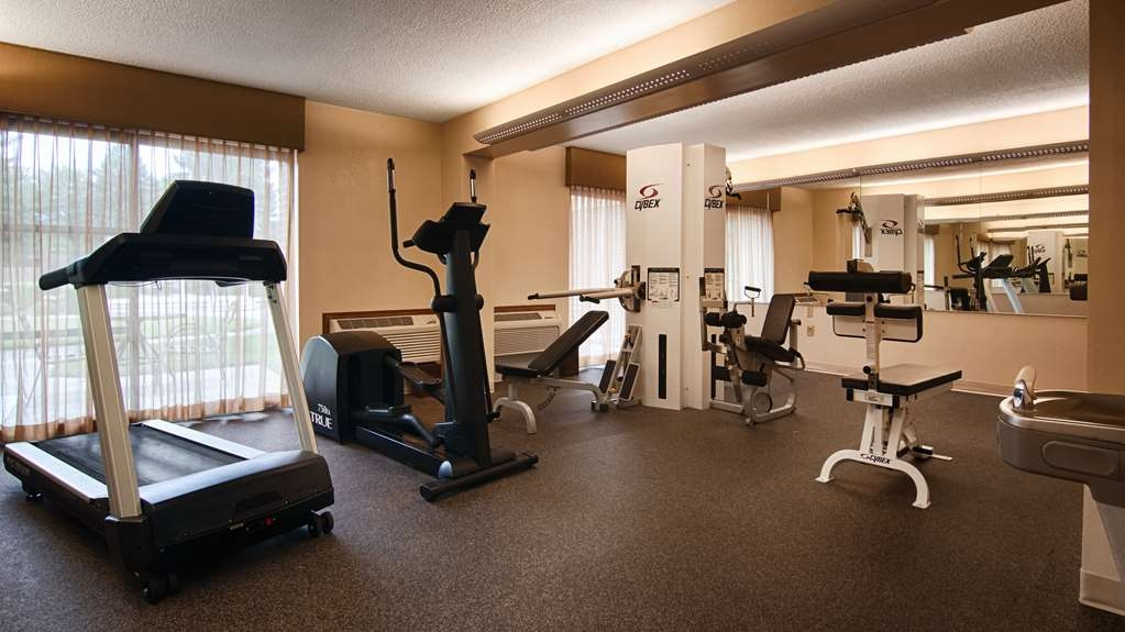Best Western Prairie Inn & Conference Center - Fit a workout into your busy day during your stay with the convenience of our 24-hour fitness center.
