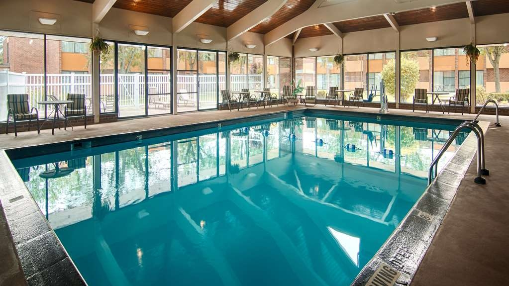 Best Western Prairie Inn & Conference Center - The indoor pool is perfect for swimming laps or taking a quick dip.