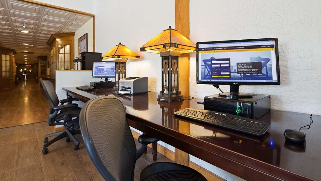Best Western Prairie Inn & Conference Center - Keep connected with your loved ones in our business center.