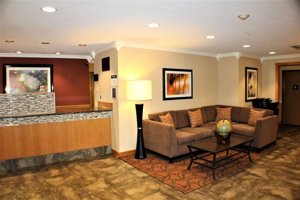 Best Western Lorson Inn - Welcome to our hotel lobby with award winning friendly staff.