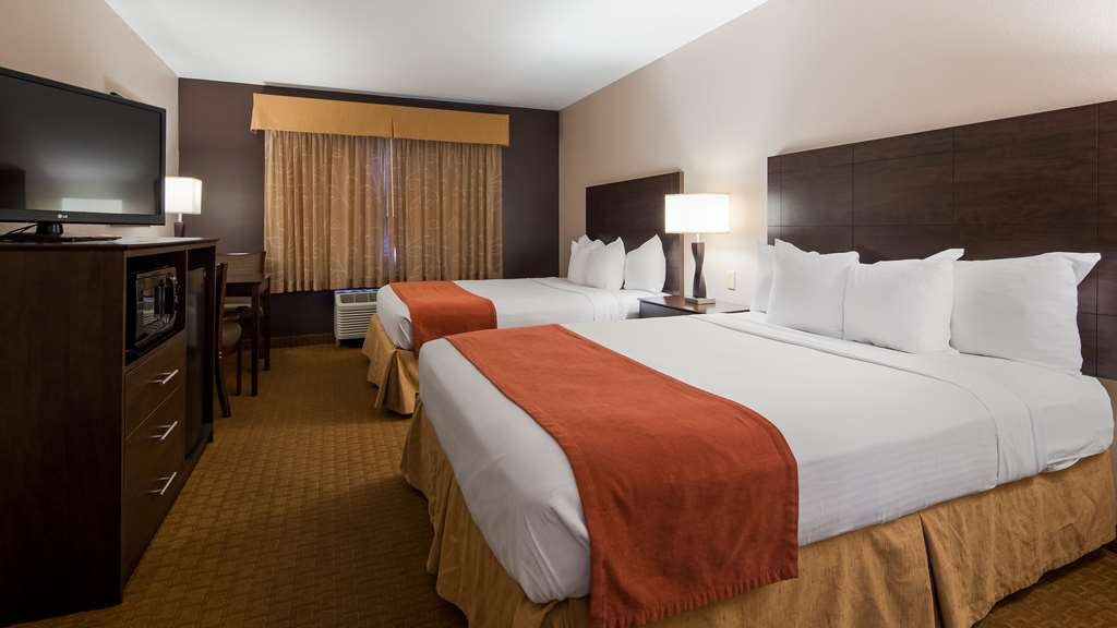 Best Western Lorson Inn - Stretch out and relax in our two queen guest room.