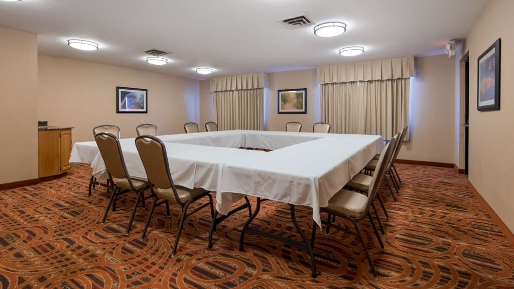 Best Western Lorson Inn - Need to schedule a meeting for business? We have space available for you and your clients.