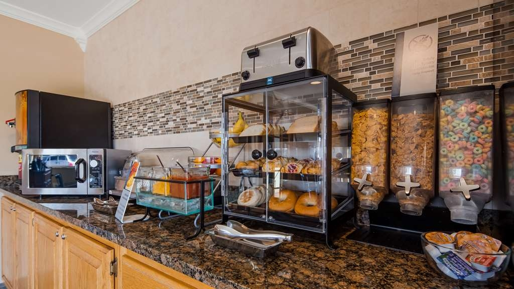 Best Western Lorson Inn - Enjoy a balanced and delicious breakfast with choices for everyone. We have your choice of breads, cereal, fruit, eggs, yogurt, juice, coffee, and hot items.