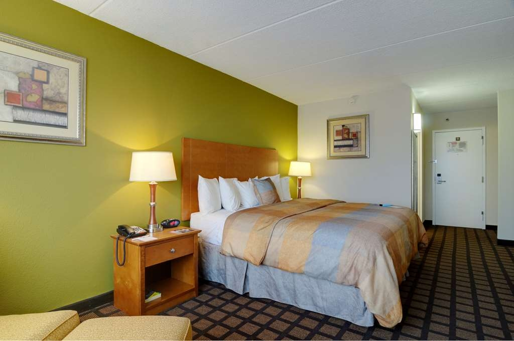Best Western Plus Chicago Hillside - Habitaciones/Alojamientos