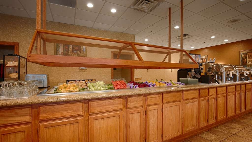 Best Western Plus Chicago Hillside - Desayuno Buffet