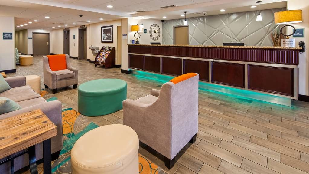 Best Western Plus Chicagoland - Countryside - Vue du lobby