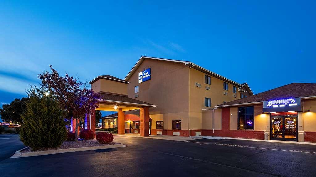 Best Western Saluki Inn - Vista exterior
