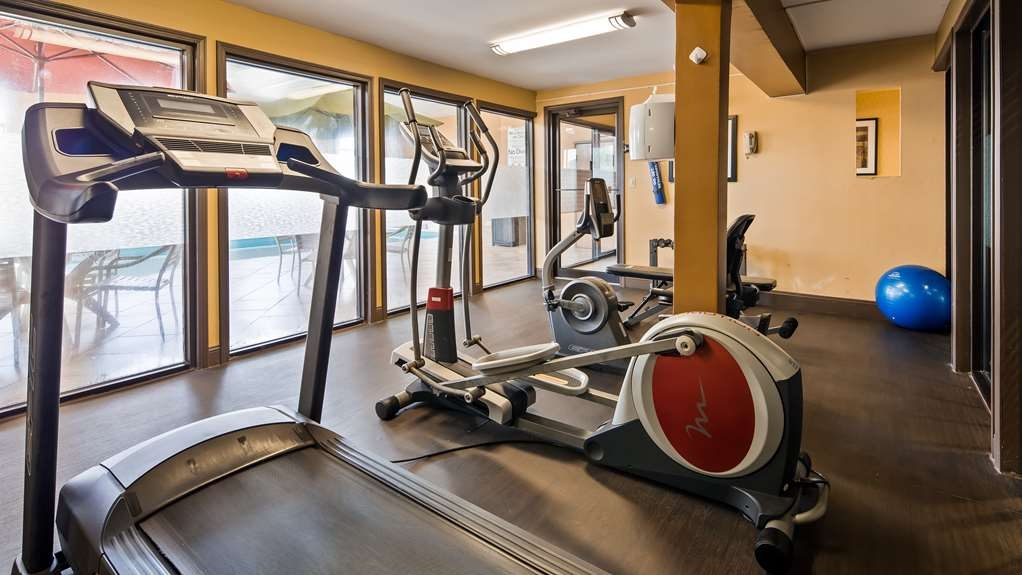 Best Western Saluki Inn - No need to take a break from your fitness routine. Our exercise facility is open 24 hours a day.