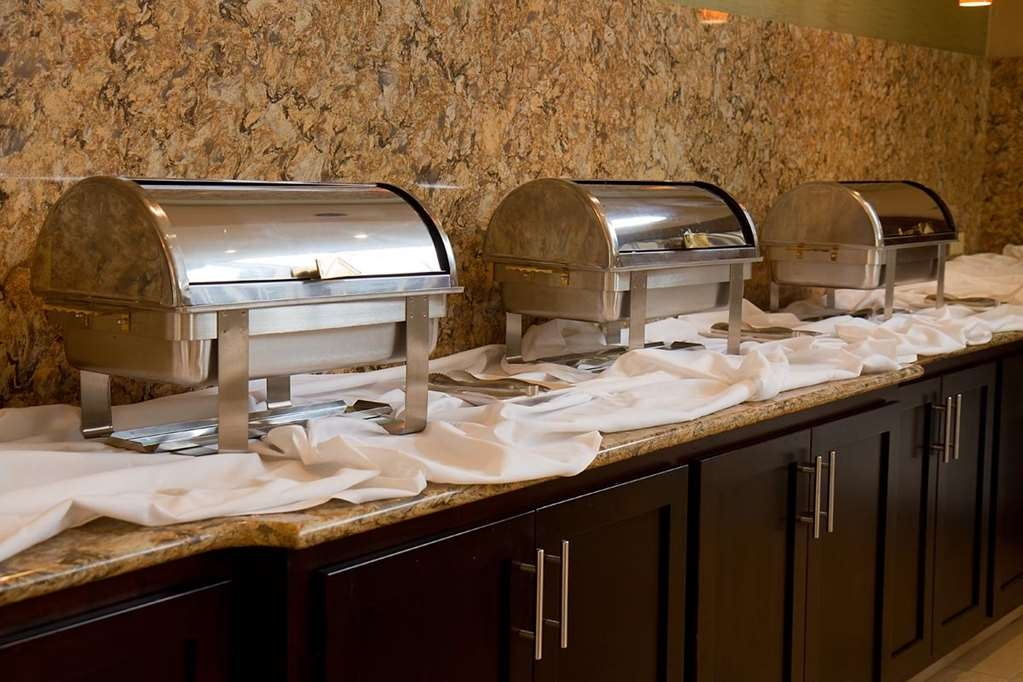 Best Western Plus Antioch Hotel & Suites - Banquet Buffets