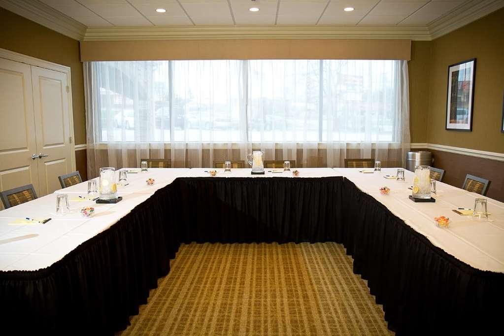 Best Western Plus Antioch Hotel & Suites - Salle de réunion