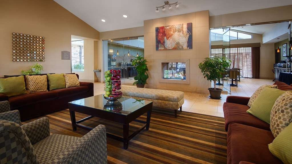 Best Western Plus Antioch Hotel & Suites - Hotel Lobby