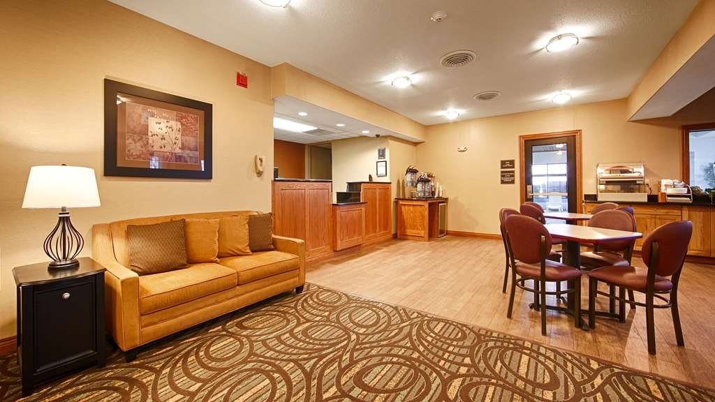 Best Western Pontiac Inn - Hall