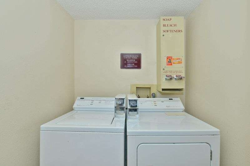 Best Western Marion Hotel - Guest Laundry