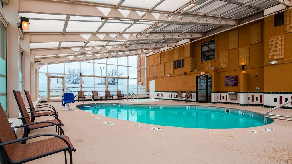 Best Western Marion Hotel - Vista de la piscina