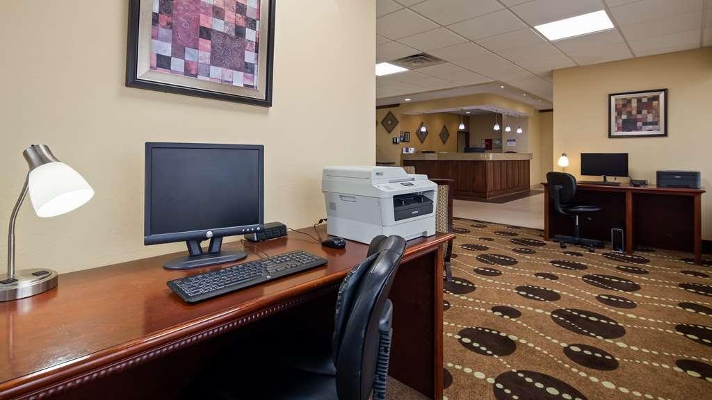 Best Western Geneseo Inn - Business Center