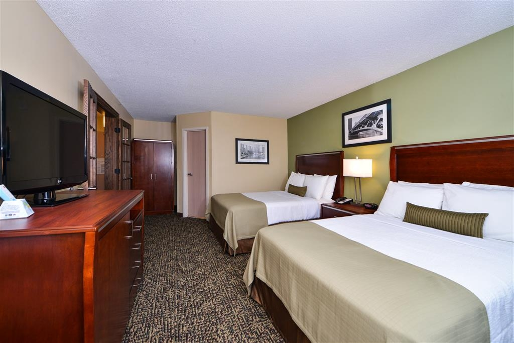 Best Western Plus Glenview-Chicagoland Inn & Suites - Suite-2 Queen Beds