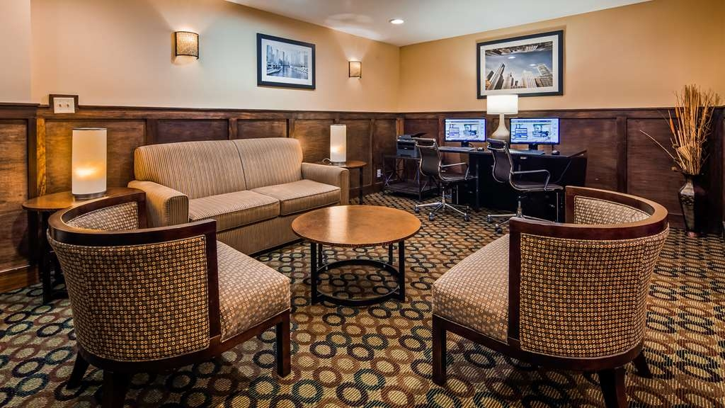 Best Western Plus Glenview-Chicagoland Inn & Suites - Business Center