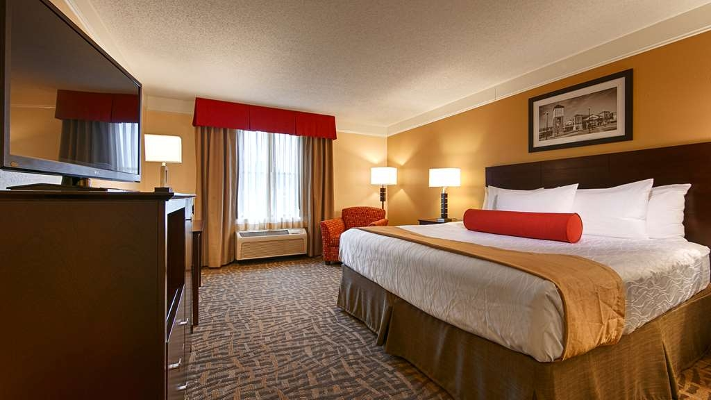 Best Western Plus Peoria - Our spacious king standard guest room has all the comforts of home at your fingertips.