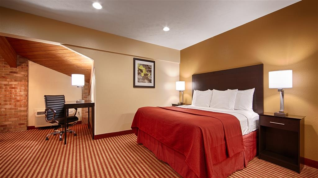 Best Western Jacksonville Inn - Plenty of room to stretch out in our spacious suites!