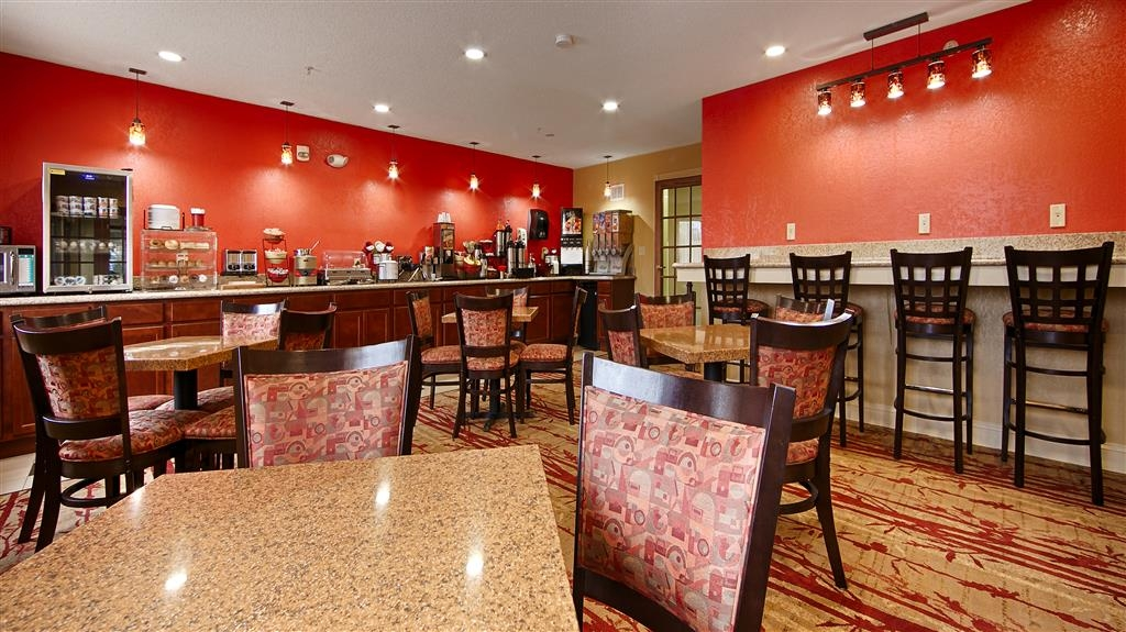 Best Western Jacksonville Inn - Even if you're in rush, don't miss the most important meal of the day.