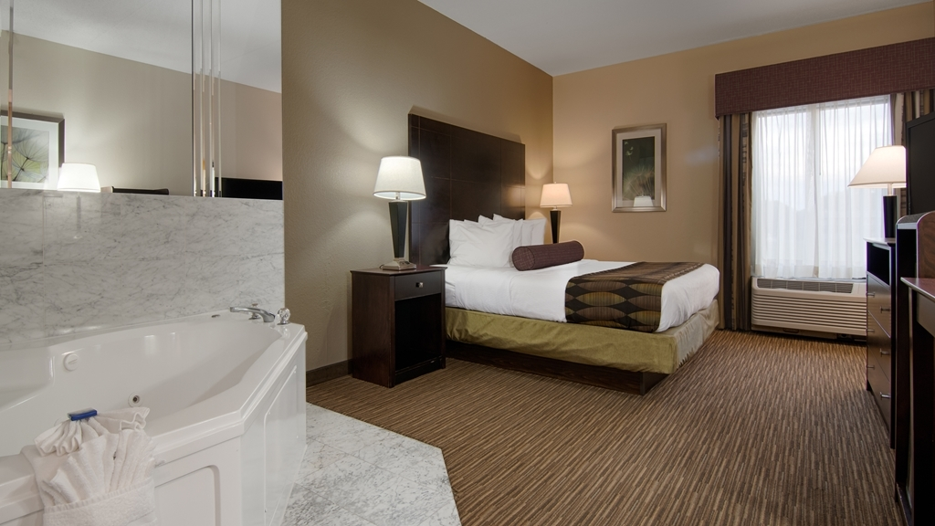 Best Western Plus O'Hare International South Hotel - Suite