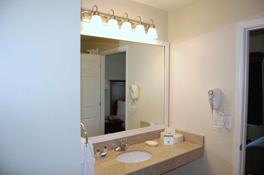 Best Western Plus Mascoutah/SAFB - Habitaciones/Alojamientos