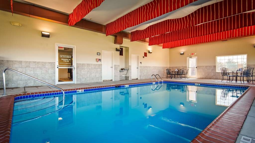Best Western Plus Mascoutah/SAFB - Vista de la piscina