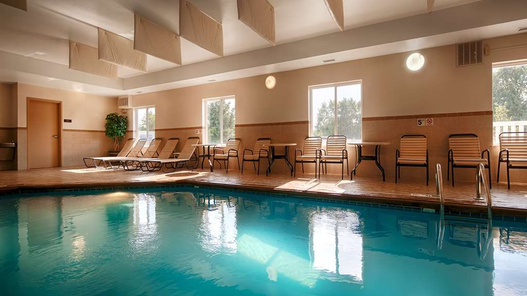 Best Western Plus Pontoon Beach - Indoor Pool