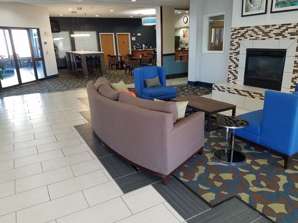 Best Western Troy Hotel - Our lobby is the perfect spot to relax after a long day of work and travel.