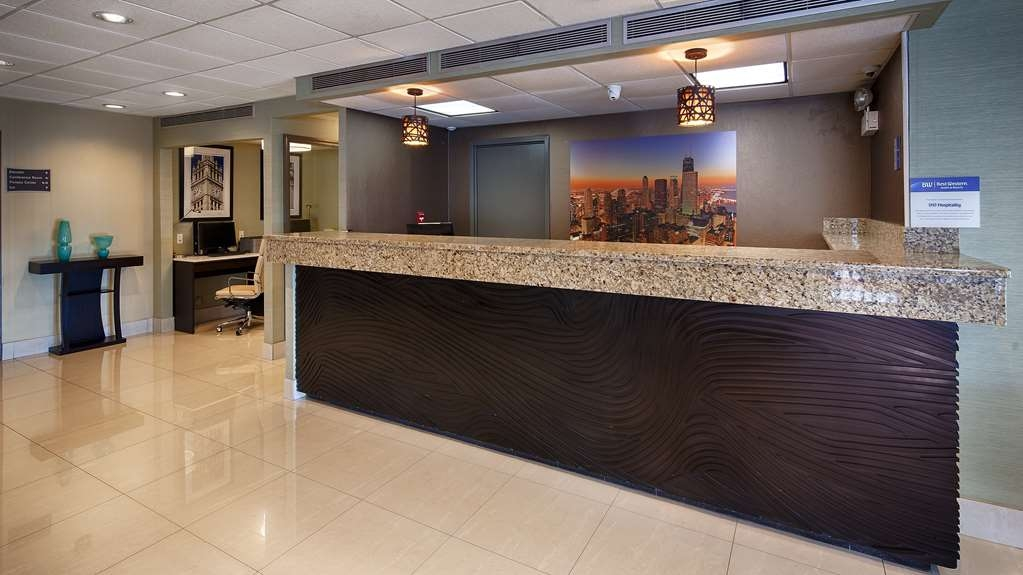 Best Western O'Hare North/Elk Grove Hotel - Hall