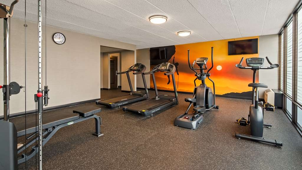 Best Western Premier Alton-St. Louis Area Hotel - Maintain your fitness routine during your stay with us in our trendy fitness center.