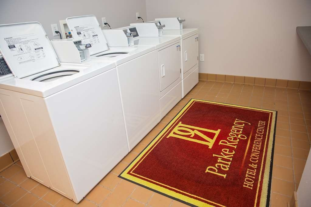 Parke Regency Hotel & Conference Ctr. , BW Premier Collection - 24 Hour Guest Laundry