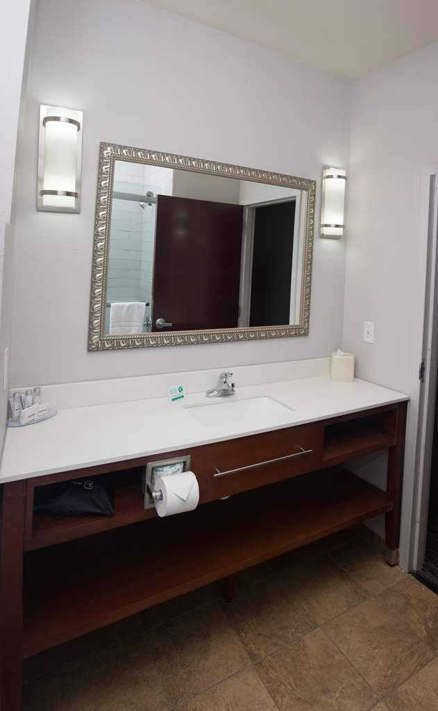 Parke Regency Hotel & Conference Ctr. , BW Premier Collection - Guest Room Bath