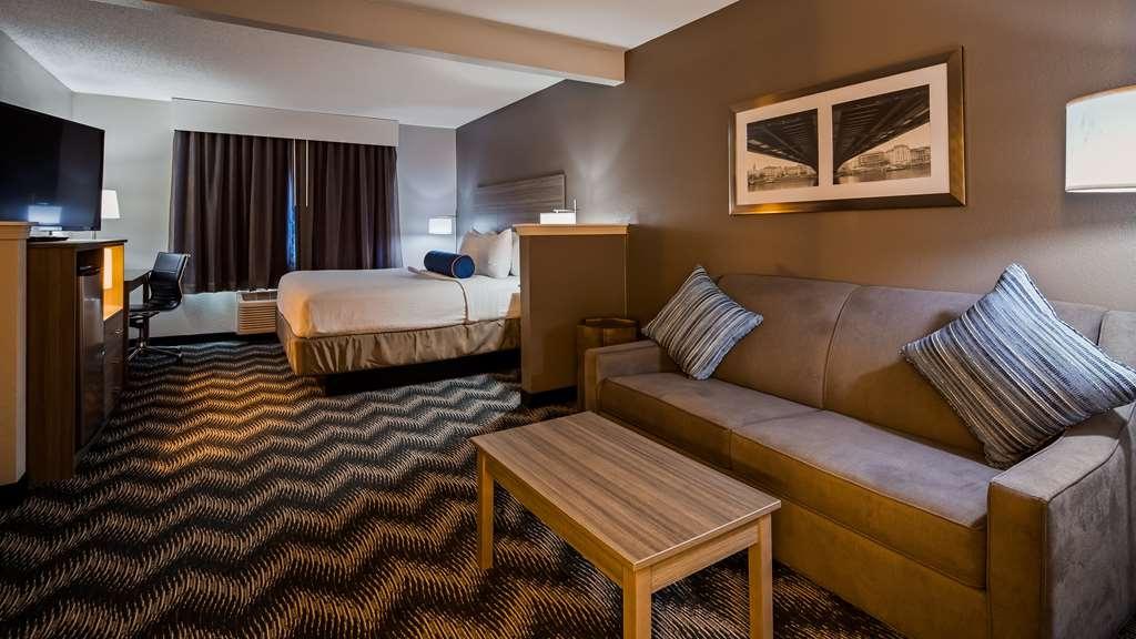 Best Western Plus Bolingbrook - Guest Room