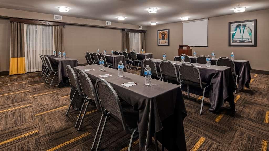 Best Western Plus North Joliet - Salle de réunion