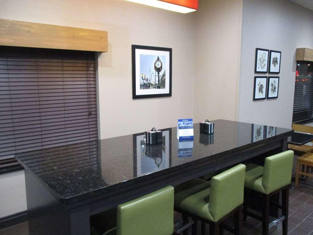Best Western O'Fallon Hotel - Restaurant / Etablissement gastronomique