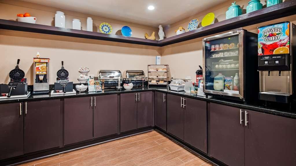 Best Western O'Fallon Hotel - Breakfast Area