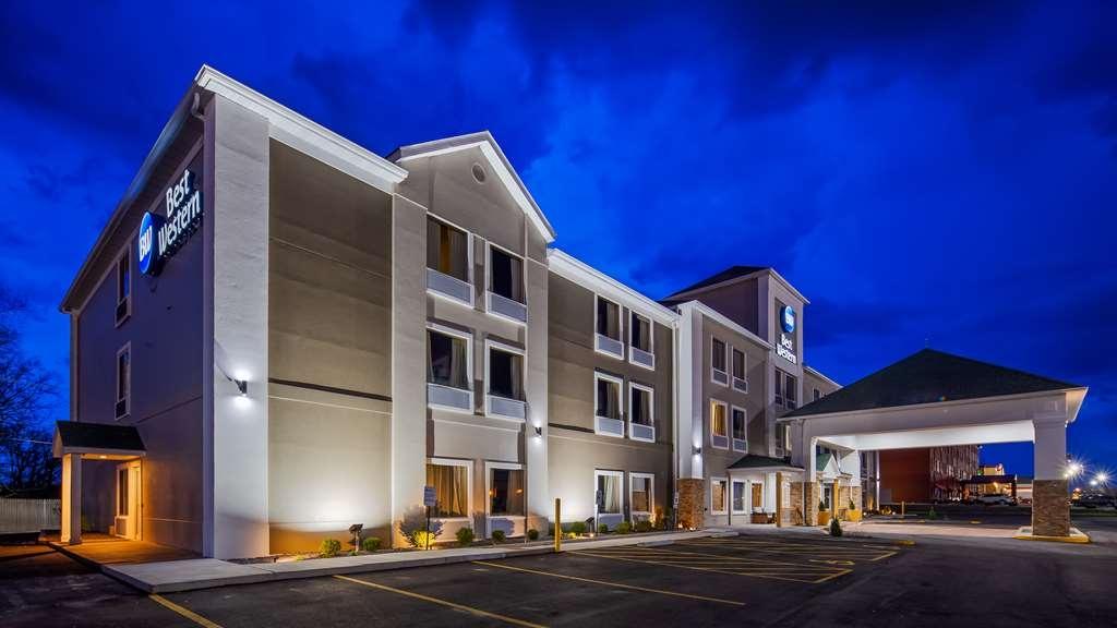 Best Western O'Fallon Hotel - Außenansicht