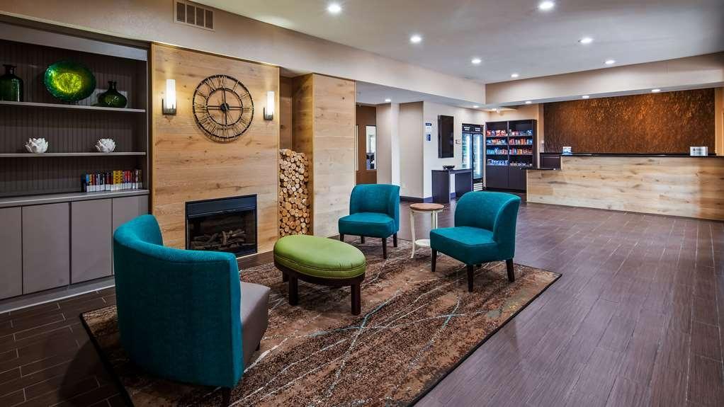 Best Western O'Fallon Hotel - Lobby Seating Area