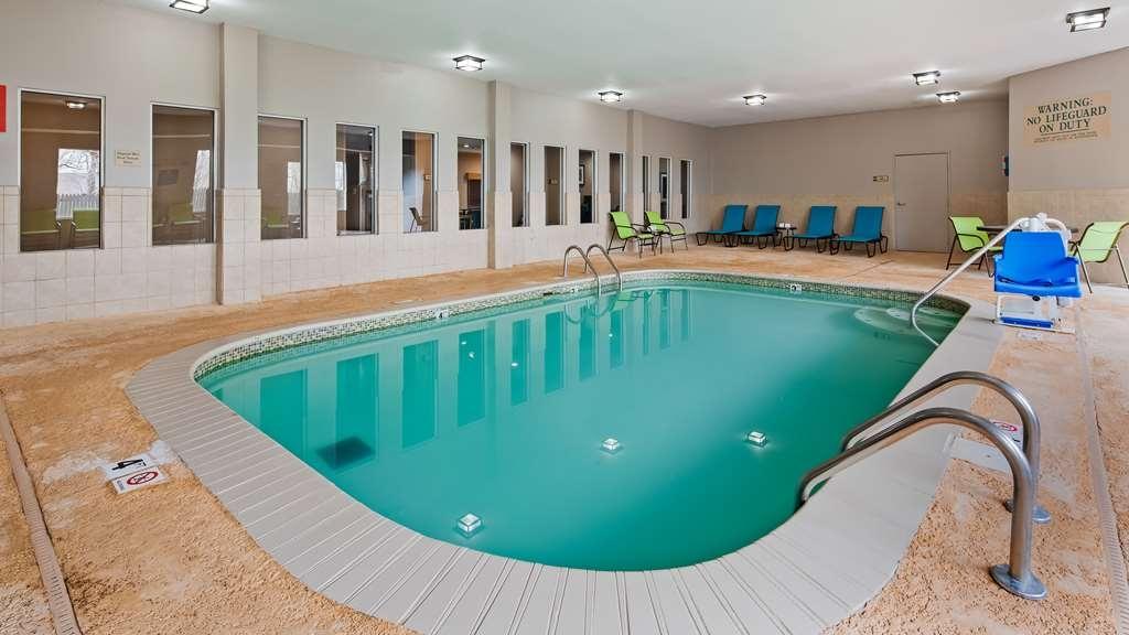 Best Western O'Fallon Hotel - Pool