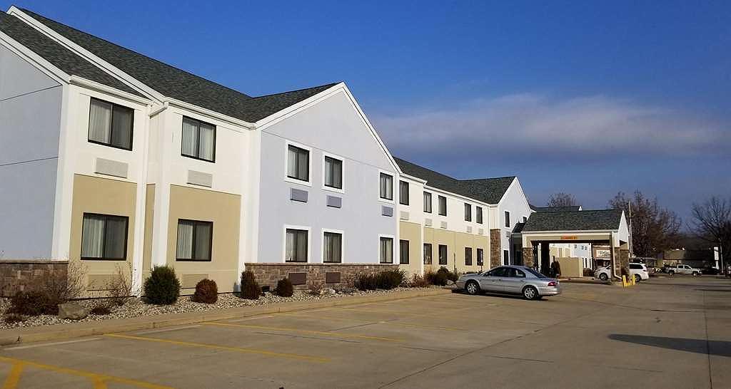 Best Western University Inn - Area esterna