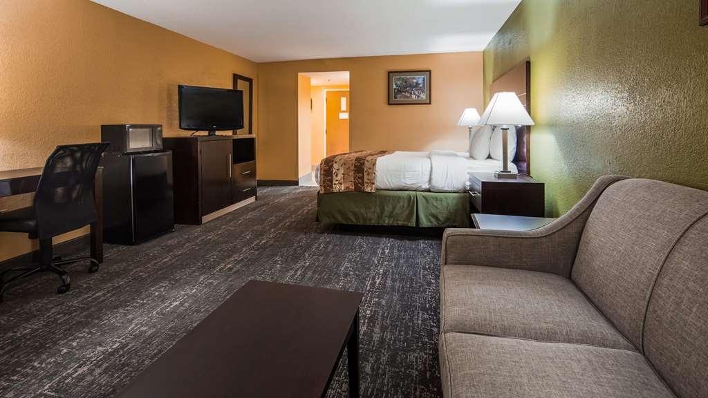 Best Western Luxbury Inn Fort Wayne - Guest room