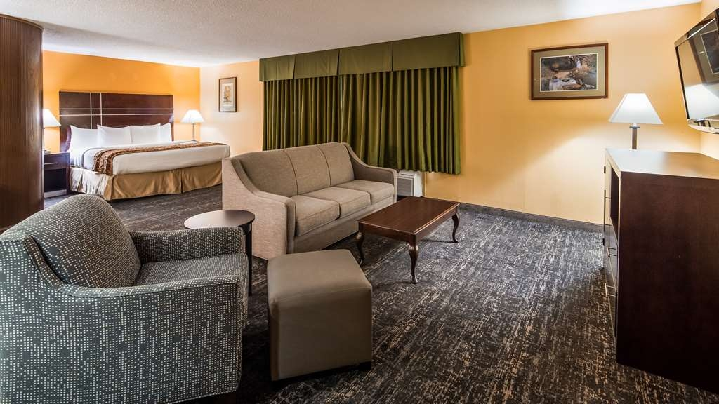 Best Western Luxbury Inn Fort Wayne - Suite