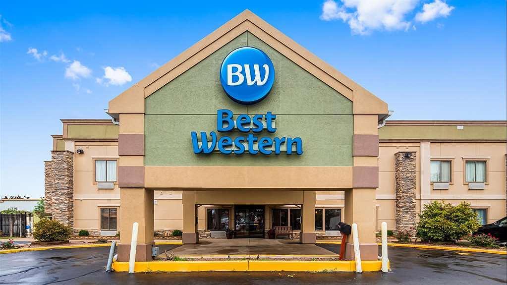 Best Western Crossroads Inn - Exterior high