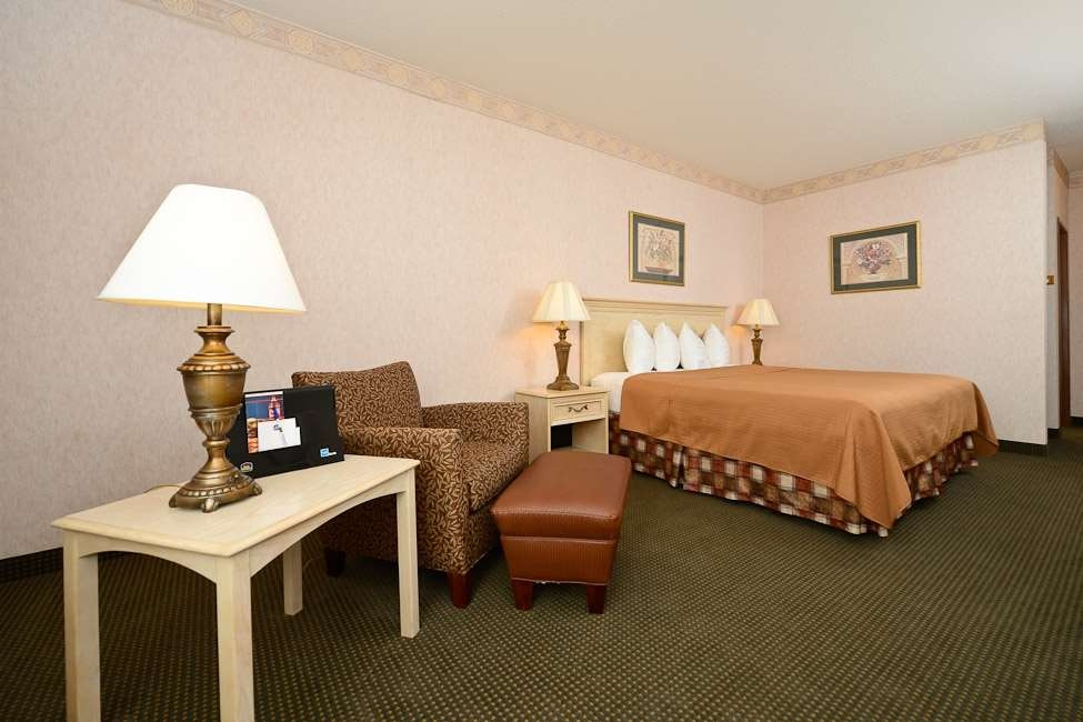 Best Western Circus City Inn - This standard King room meets your every need.