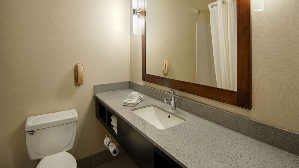 Best Western Inn & Suites - Baño