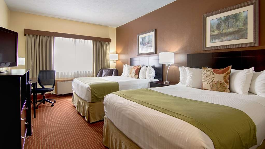Best Western Kendallville Inn - Visiting Kendallville with your family? Stay in our two queens rooms.