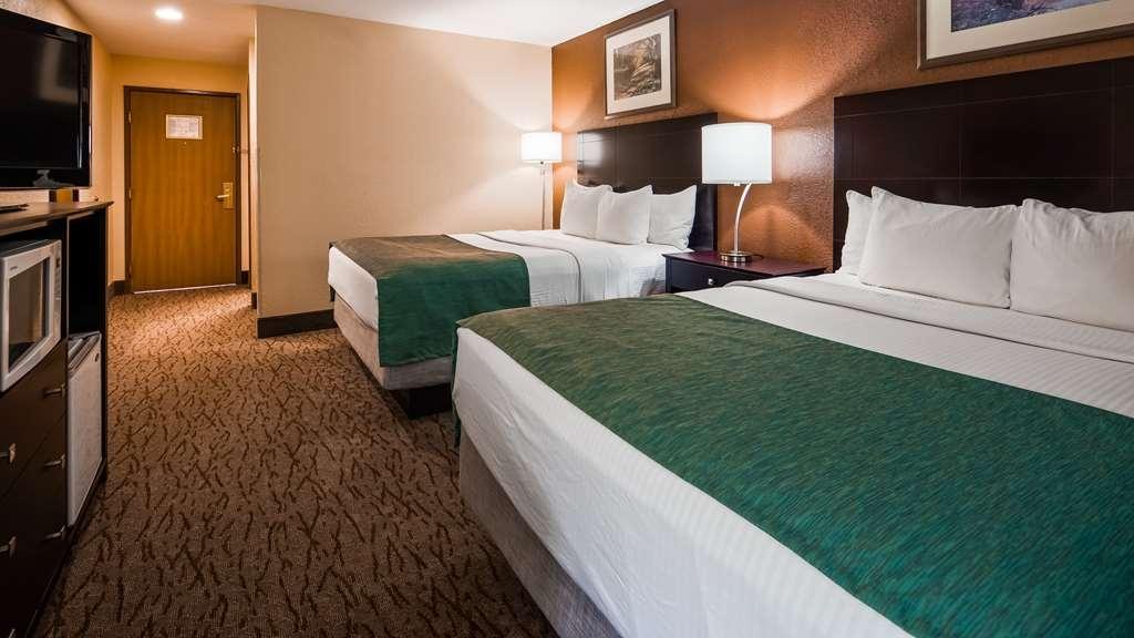 Best Western Kendallville Inn - Guest room
